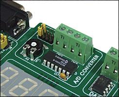 Easy8051A 12-bit A/D converter MCP3204